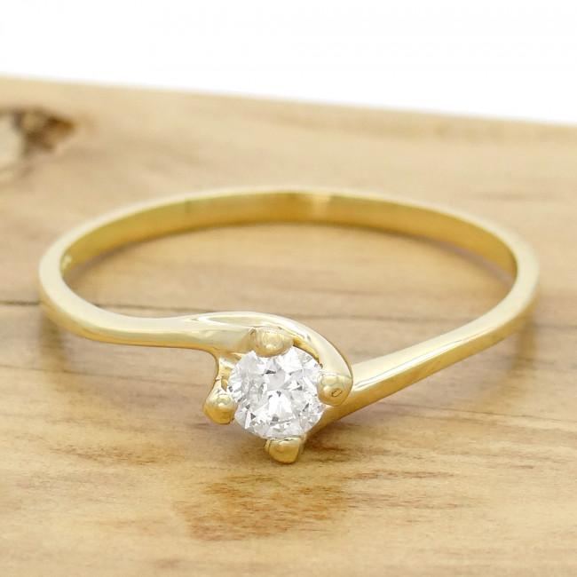 da88e7f0d20 Anel Solitário com Diamante de 25 Pontos